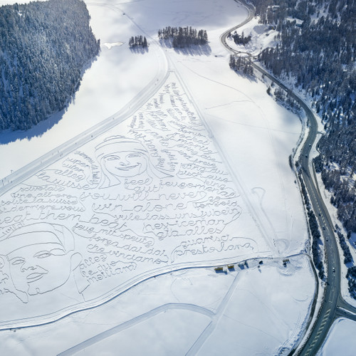 Swisscom - Snow Drawings